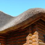 Будівництво та облаштування даху з очерету своїми руками