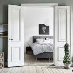 Білі двері в інтер'єрі — чи сучасно це?