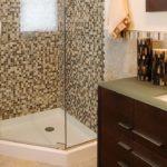 Кахельна плитка для ідеальної душової кабіни