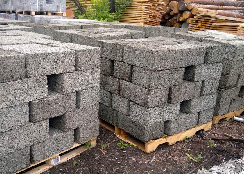 Арболитовые блоки – преимущества и недостатки