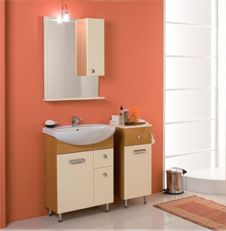 Чем покрасить стены в ванной вместо плитки и как обновить чугунную купель