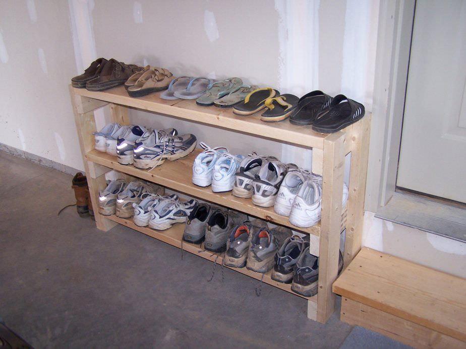 Делаем полку для обуви своими руками