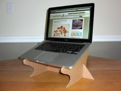 Делаем простую подставку для ноутбука своими руками