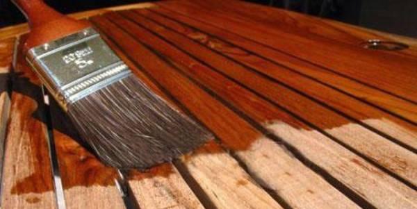 Для чего нужна и как проводится огнебиозащита древесины своими руками?