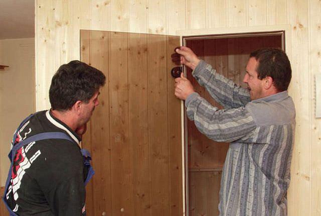Инструкция по установке стеклянной двери