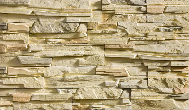 Искусственный камень в интерьере современного дома