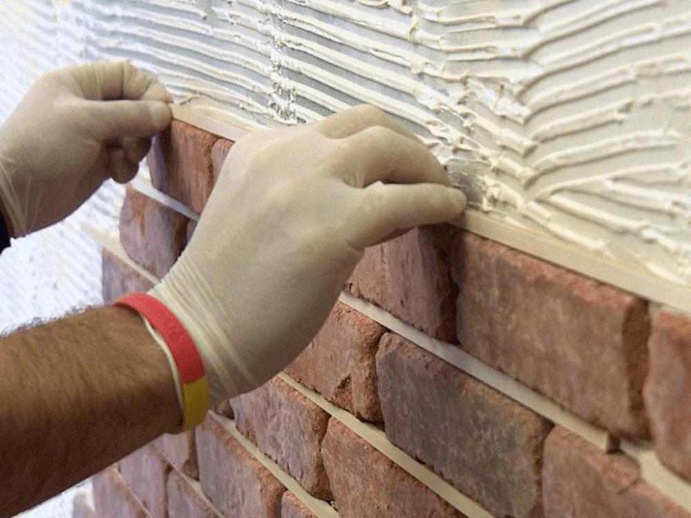 Использование декоративного кирпича в интерьере