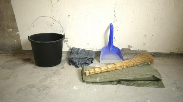 Как быстро отмыть копоть со стен и потолка
