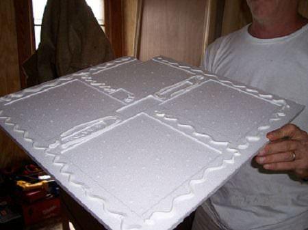 Как клеить потолочную плитку из пенополистирола