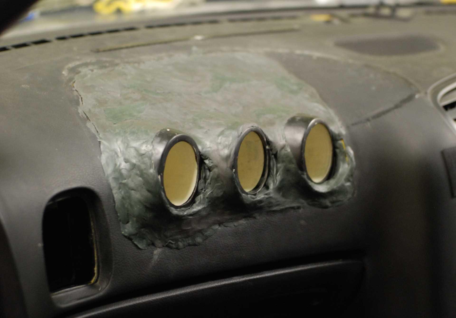 Как можно использовать эпоксидную шпаклевку в ремонте помещений?