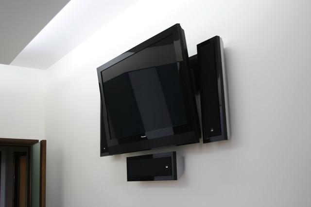 Как надежно закрепить кронштейн на стене
