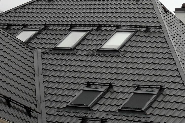 Как положить железо на крышу своими руками