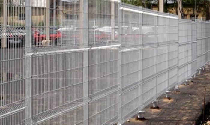 Как построить забор из сетки Гиттер (Gitter) на дачном участке