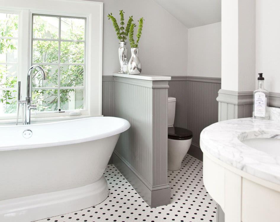 Как самому сделать перегородку в ванной?