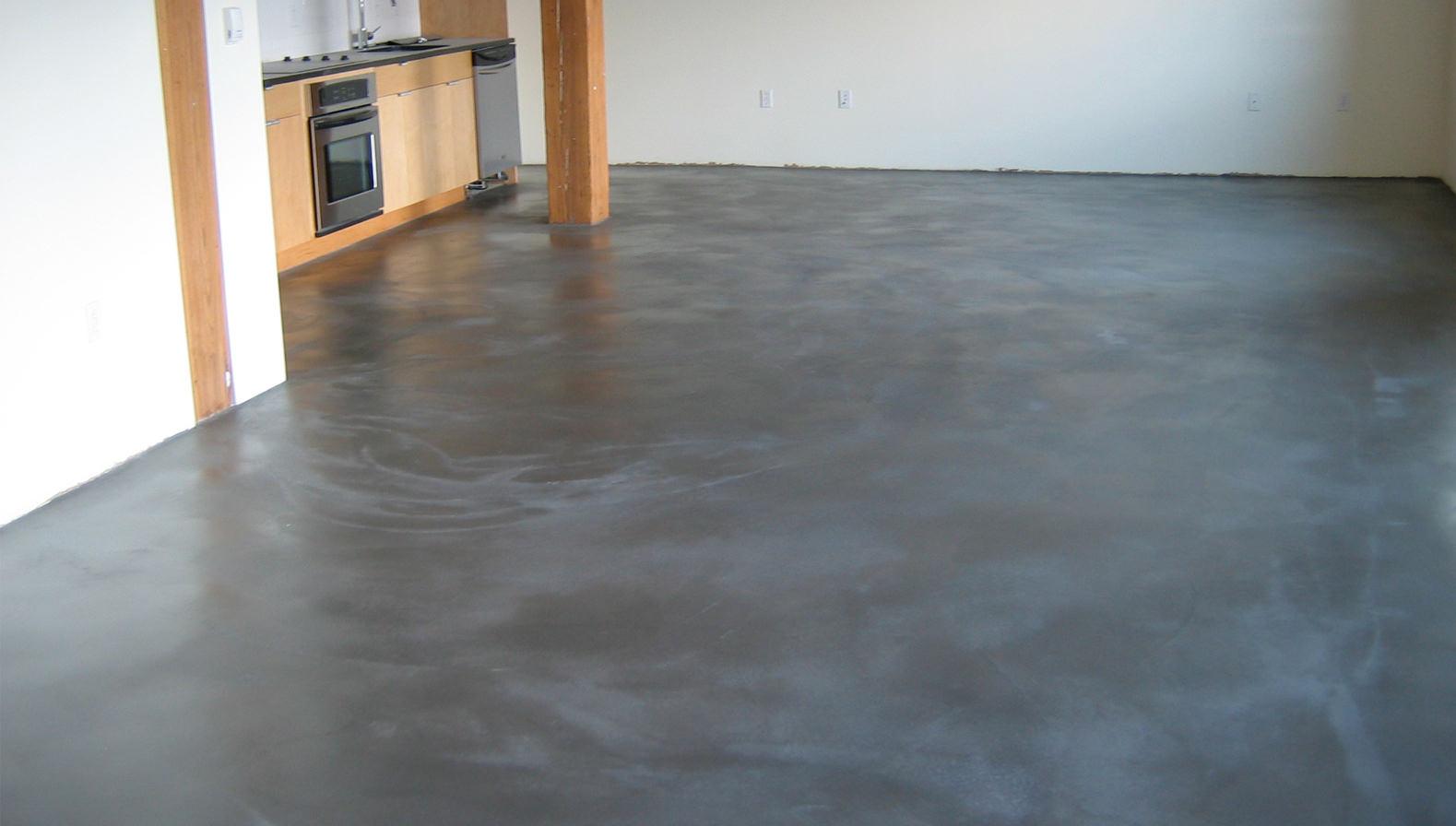 бетонный пол дома