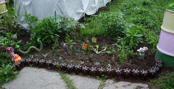 Как сделать декоративный садовый заборчик