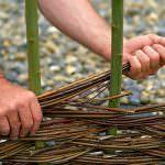 Як сплести декоративний паркан з гілок своїми руками