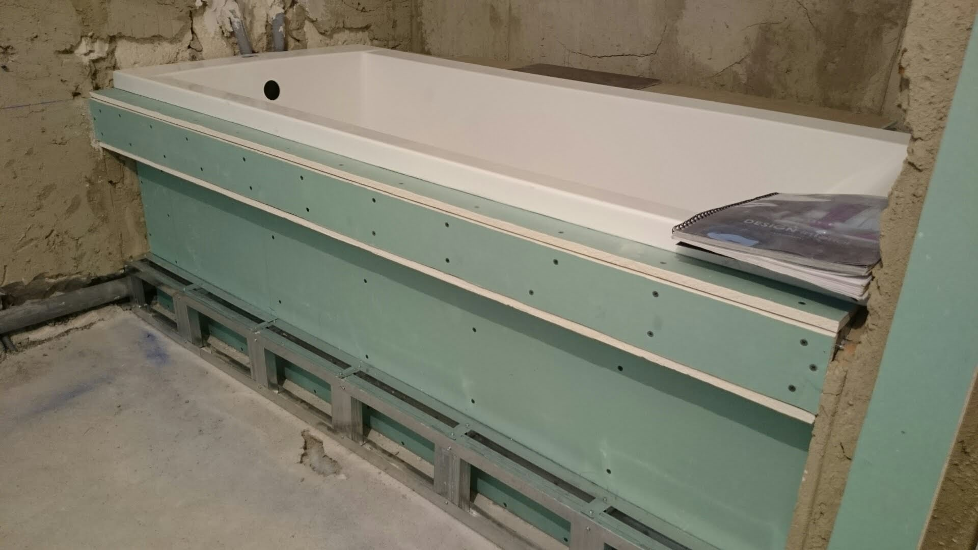 Как установить влагостойкий гипсокартон в ванной под плитку