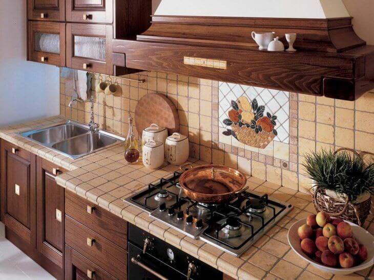 Красивый и практичный фартук на кухню