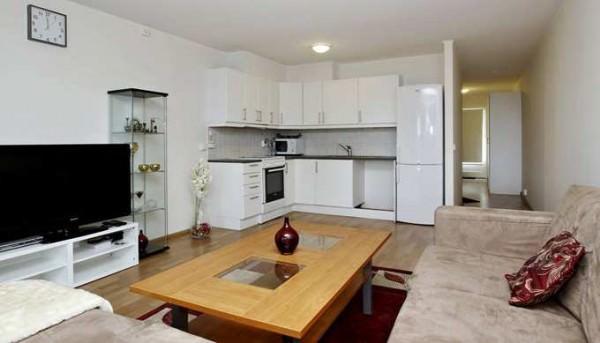 Квартира-студия, плюсы и минусы проживания и особенности планировки
