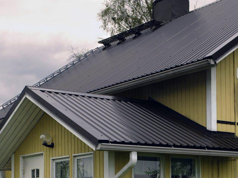 Монтаж крыши из металлопрофиля – практические советы