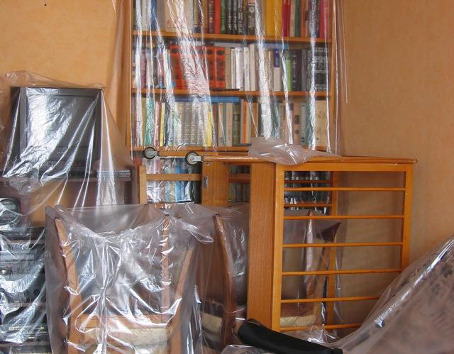 Очистка потолка от клея: наиболее эффективные способы