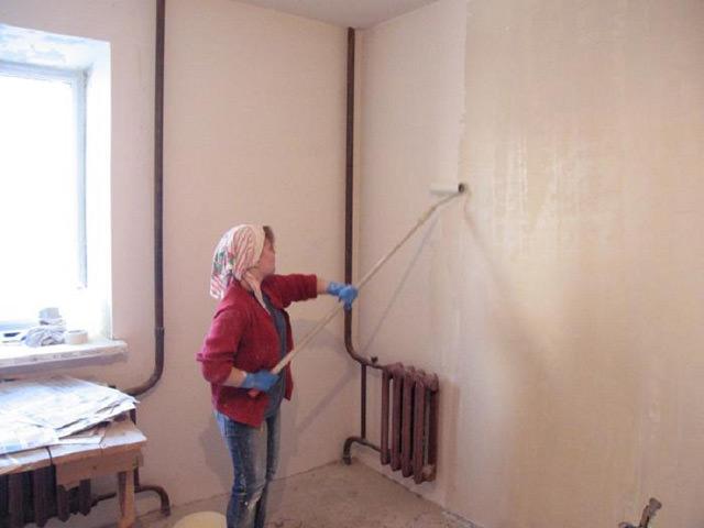 Особенности наклейки обоев на покрашенные стены