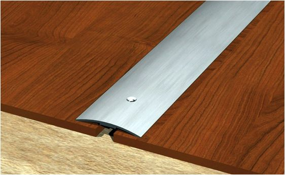 Особенности ремонтных работ при состыковке плитки и паркета