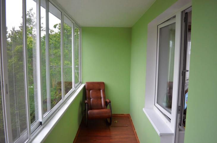 Поэтапное возведение каркаса для обшивки балкона