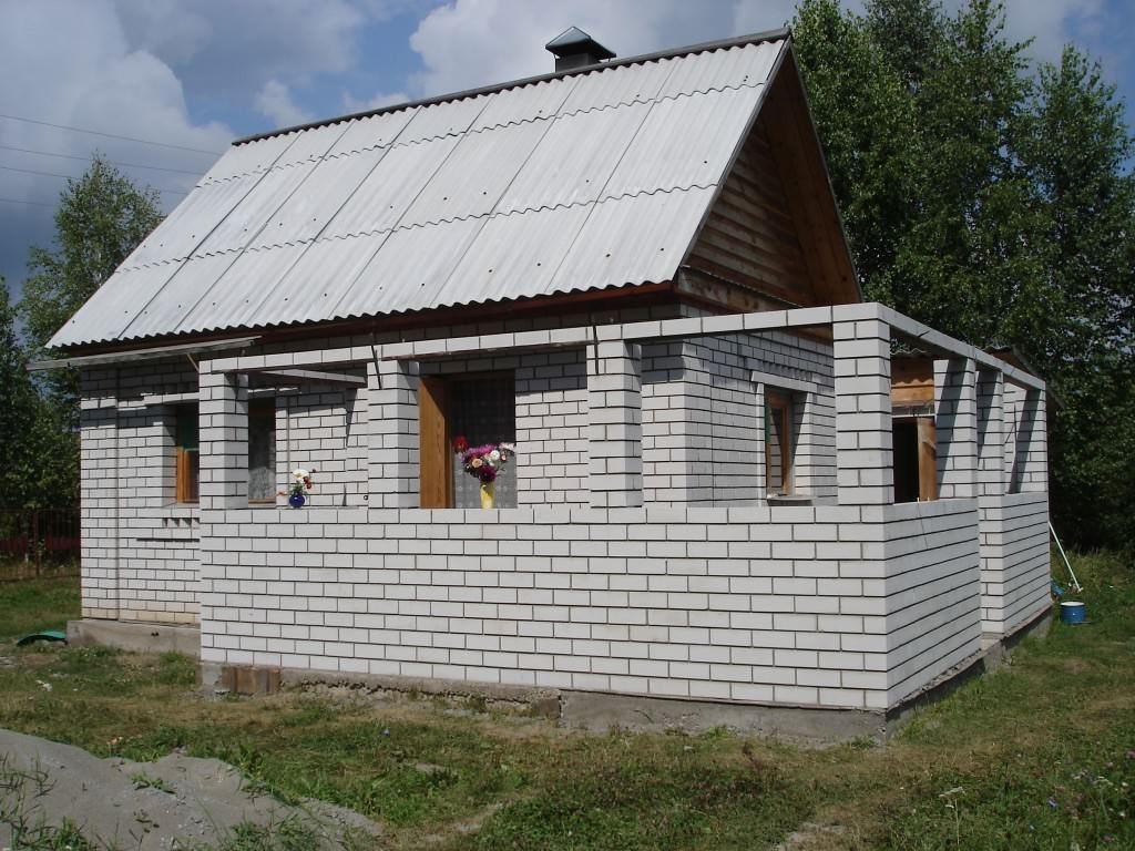 Пристройка к дому из пеноблоков – поэтапный процесс