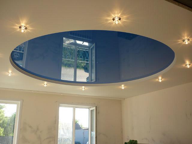 Ремонтируем натяжные потолки после залива
