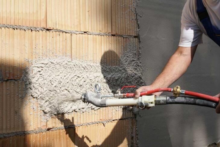 Штукатурка стен вручную и механическая