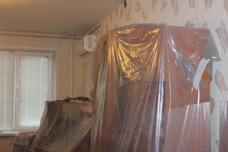 Советы по покраске потолка из пенопластовых плит