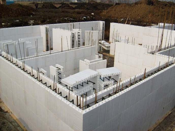 Советы по строительству дома с помощью несъёмной опалубки