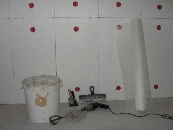 Способы крепления пенопласта к стене