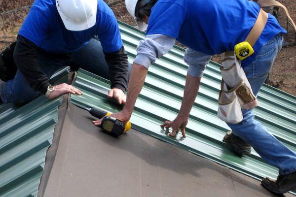 Строим гараж из металлопрофиля своими руками