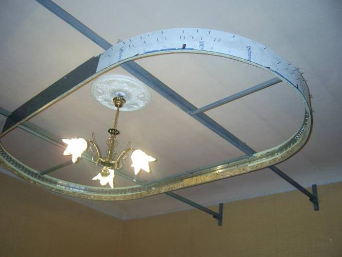 Устанавливаем двухуровневые натяжные потолки