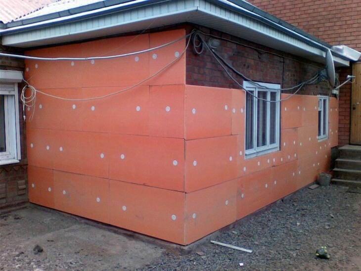 Утепление стен снаружи создаст микроклимат в квартире