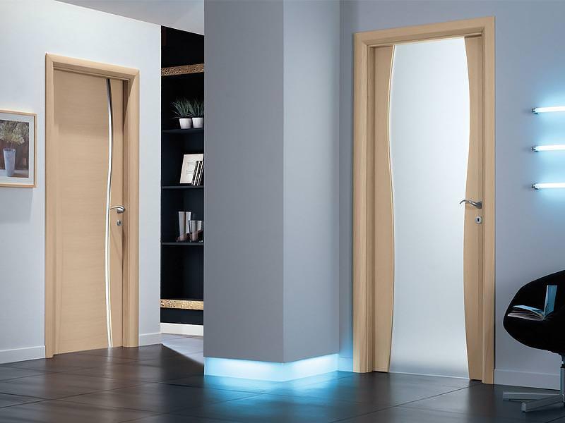 Выбираем двери в ванную и туалет