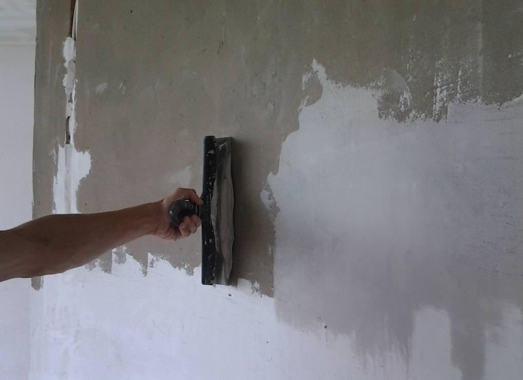 Выбираем шпатлевку для стен под обои